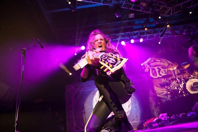 2016-09-30-whitesnake-livecwb-xavierfernandez-17