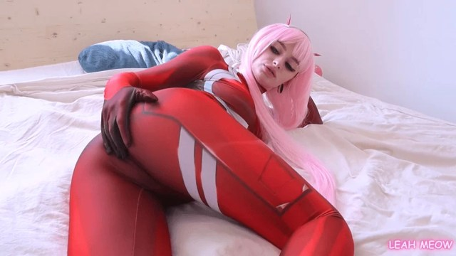 Superb Zero Two Cosplay Pinked Hair Preparing for Anal