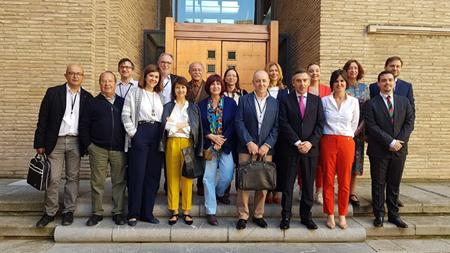 Periodistas de Aragón, con el presidente de su Asociación a la cabeza, han acudido al Pleno
