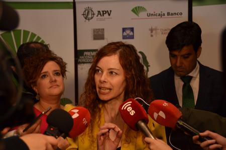 Delibes premio con periodistas