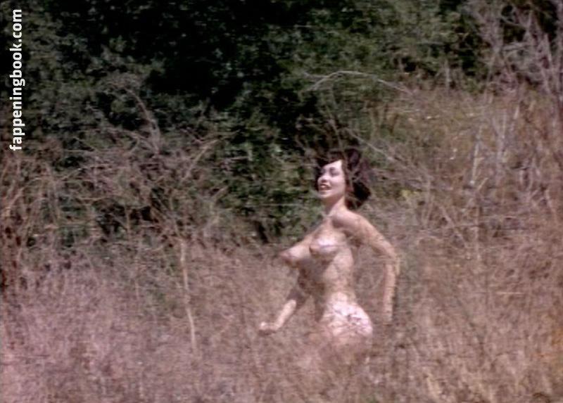 Cara Peters Nude