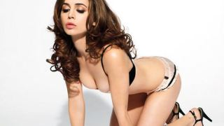 Alison Brie Is A Sexy Actress With A Knack For Photos
