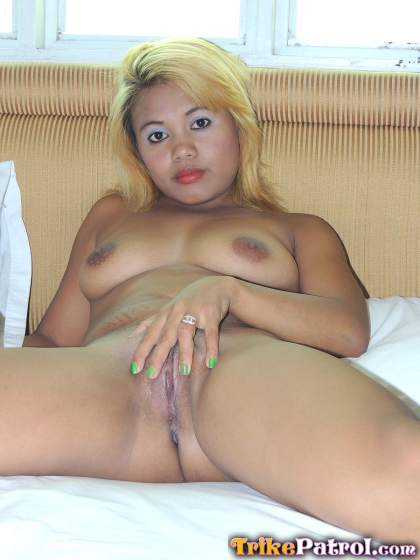 busty pinay milf on fapsuey for trikepatrol