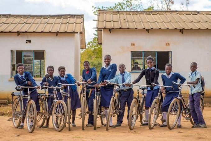 students with bike.jpg