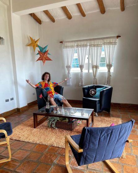 Sala de la casa de Luisito Comunica en Venezuela