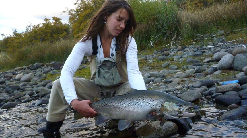 Limay river end of season faraway fly fishing for Trout fishing season
