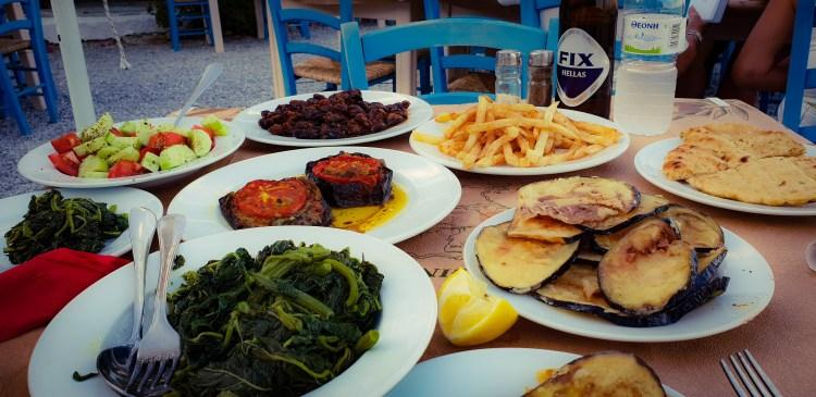 Grekisk mat: Vegetariska och veganska rätter i Ayia Marina på Egina ö
