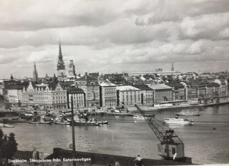 Historisk bild över Skeppsbron från Katarinavägen
