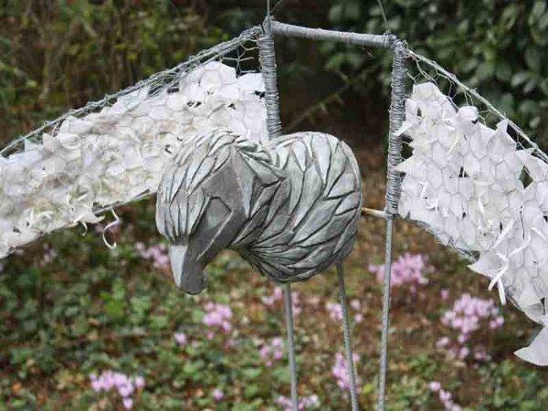 """""""L'aigle"""" sculpture (détails)"""