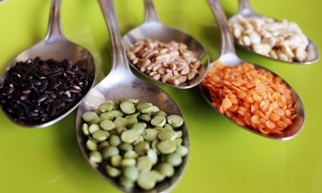 Macinare la farina in casa: farine alternative al grano