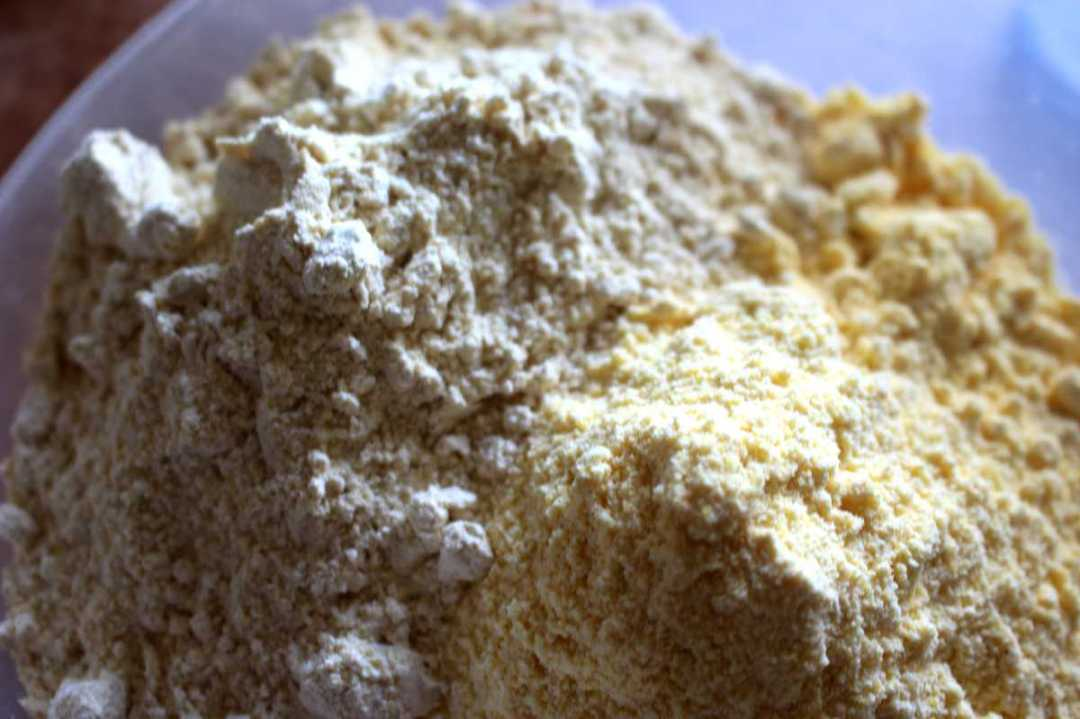 Crostata con farina di mais e ceci senza glutine