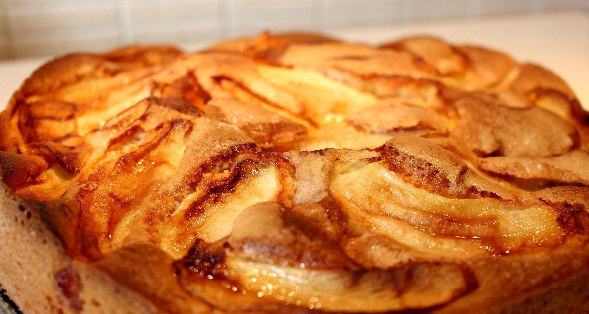 Torta farina di lenticchie e mele buonissima