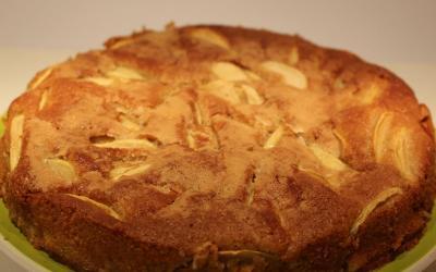 Torta di mele con farina di farro, un classico con farina alternativa