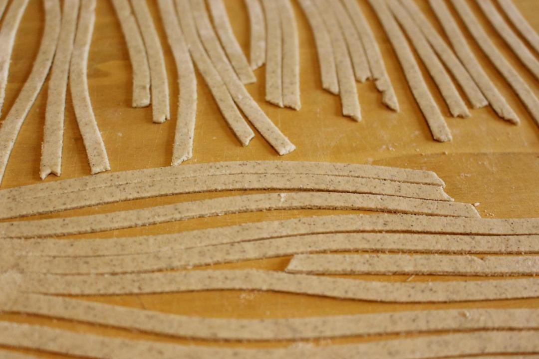 Tagliatelle con grano saraceno