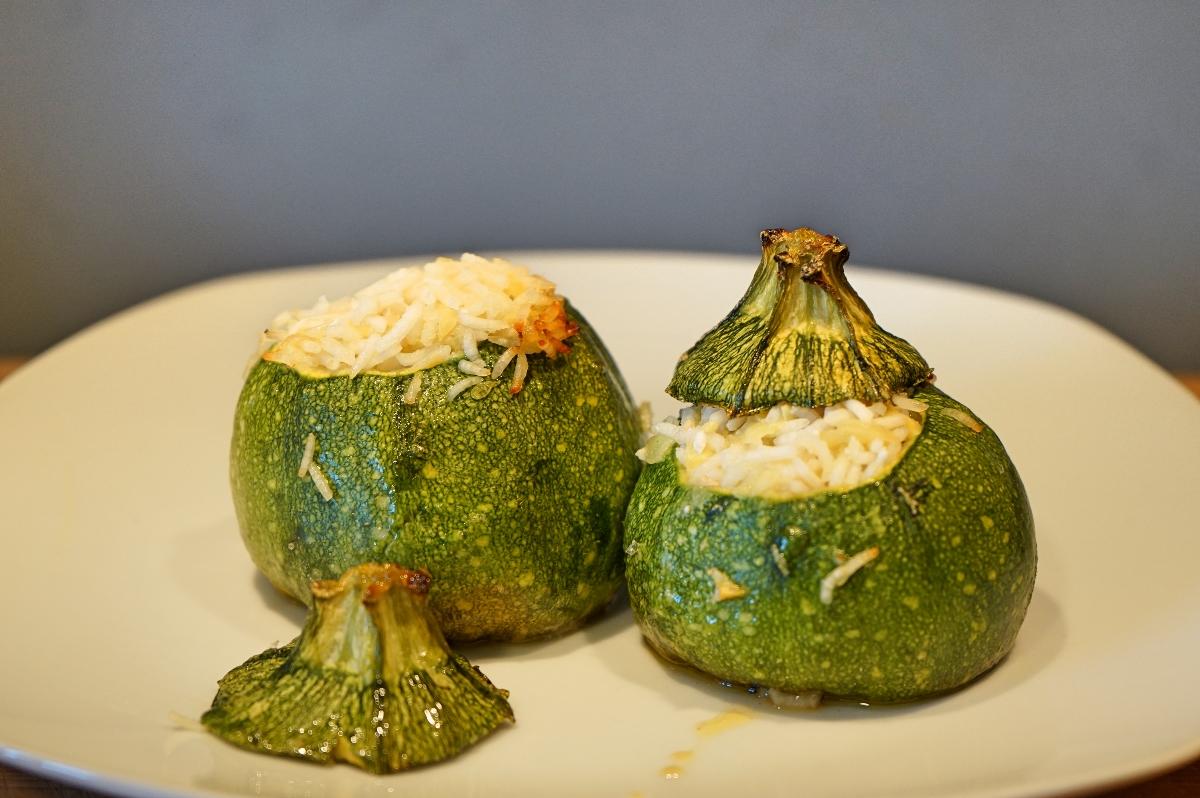 Zucchine tonde ripiene di riso basmati