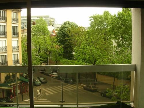 May avenue Emile Zola