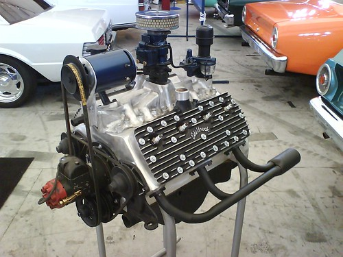 Ate up with motor chronicles the ford flathead v8 and the for Chevy v8 motors for sale