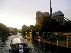 notre dame, boat on the seine