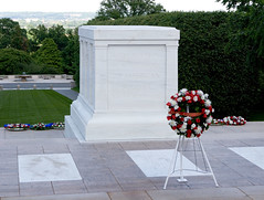 "IMG_5600: Tomb of the Unknown Soldier • <a style=""font-size:0.8em;"" href=""http://www.flickr.com/photos/54494252@N00/16639581/"" target=""_blank"">View on Flickr</a>"