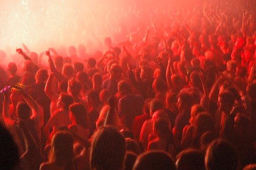 Audience in Red by felipe trucco