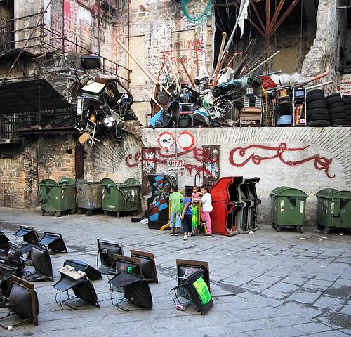 Palermo, street art by Dom Dada