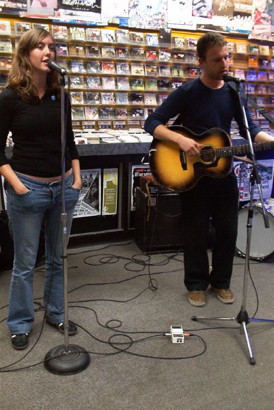 David Macleod live! in-store performance at Music Trader on October 16 2006