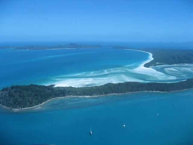 Great Barrier Reef. Source: Flickr/Noam Lovinsky.