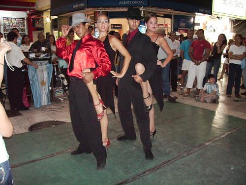 downtown posing couples Tango  @ Florida street
