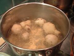 Boiling jerusalem artichokes