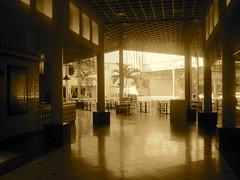 Food Court Sephia Style
