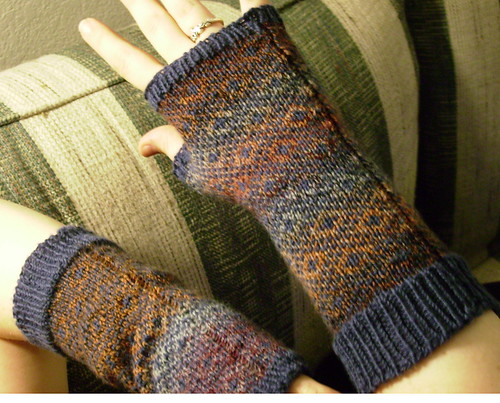 Endpaper Mitts color