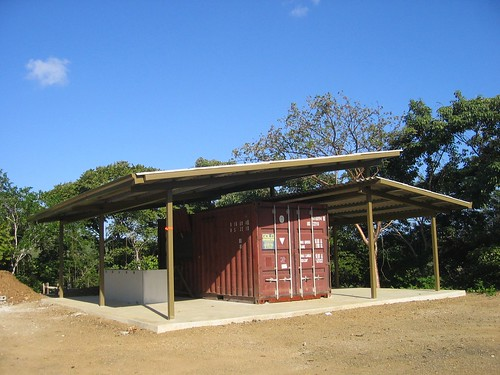 von gal container villa