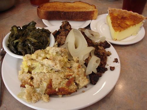 Dinner at Belle Meade Cafeteria, Nashville TN
