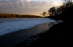 """IMG_3723: Late Afternoon on the Icy Potomac • <a style=""""font-size:0.8em;"""" href=""""http://www.flickr.com/photos/54494252@N00/389591090/"""" target=""""_blank"""">View on Flickr</a>"""