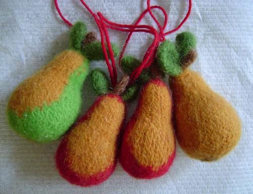 felty pears