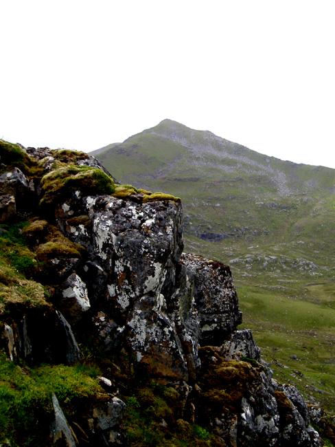 Sgurr nan Ceathreamhnan from east ridge 4