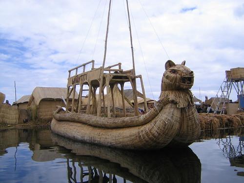 Un barco de totora (by morrissey)