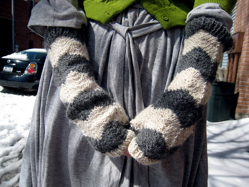 F.O.: Fingerless Gloves