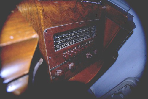 Radio by Fillmore Photography (Creative Commons Licence)