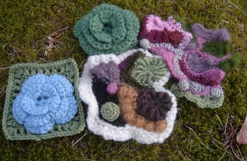 Freeform crocheted posing