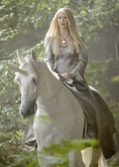 星塵 劇照,依凡妮騎著獨角獸