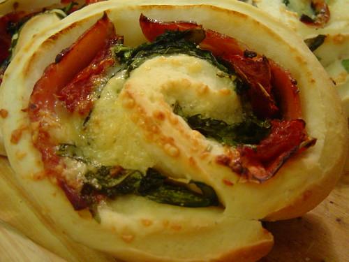 tomato-arugula rolls 2