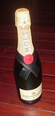 02.Moet & Chandon Brut Imperial Champagne (瓶身)