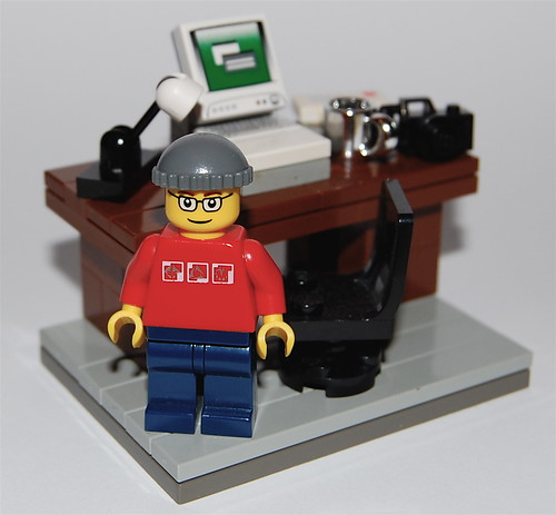 Lego Blogger Picture by Flickr user minifig