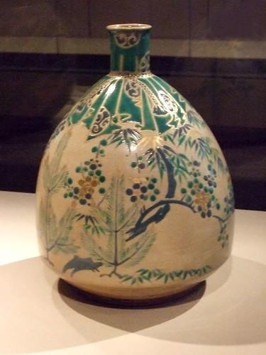 Egg-shaped bottle 1700-1800 Kyoto Japan Kiyomizu ware stoneware with polychrome enamel (2)