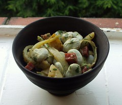 Broad beans with fennel, ham, and potatoes.