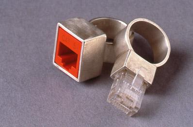 Ring met UTP kabel plugje en gaatje