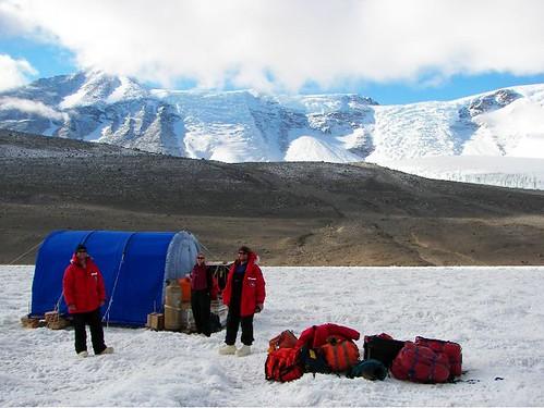 Research Hut on Lake Bonney
