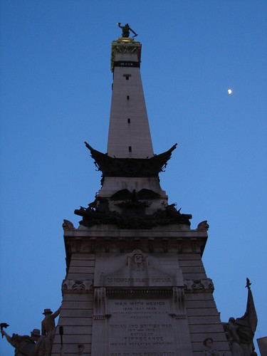 War Monument and Moon