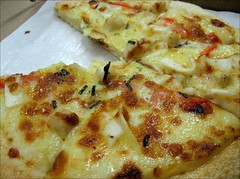 scallop and shrimp pizza 2